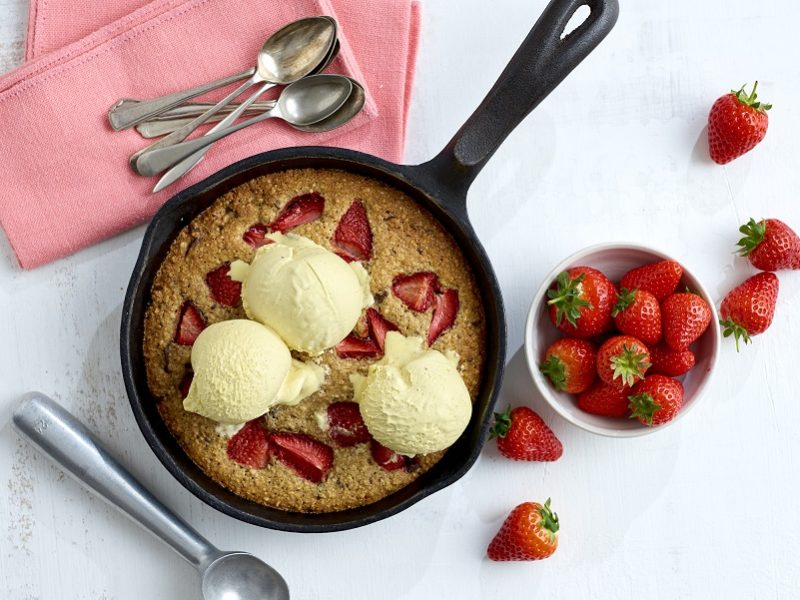 Giant strawberry choc-chip cookie recipe